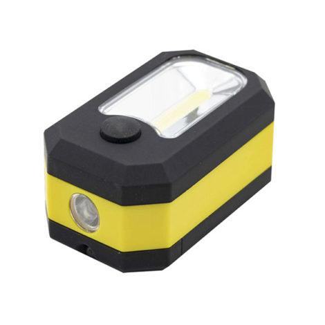 Linterna LED Kube IP65. Con protección para uso en exteriores